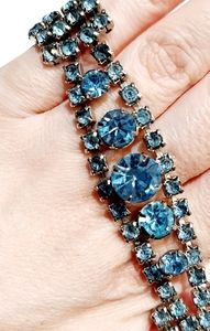 Vintage 50s rhinestone blue bracelet